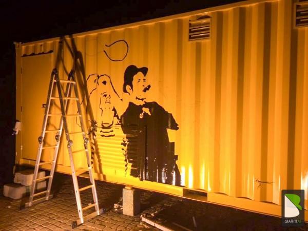 Container-work-Artist-Graffiti-dubai